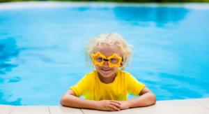 chemical-free sunscreen - girl in pool