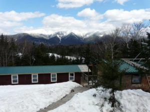 Lonesome Lake Hut - winter hikes in the whites