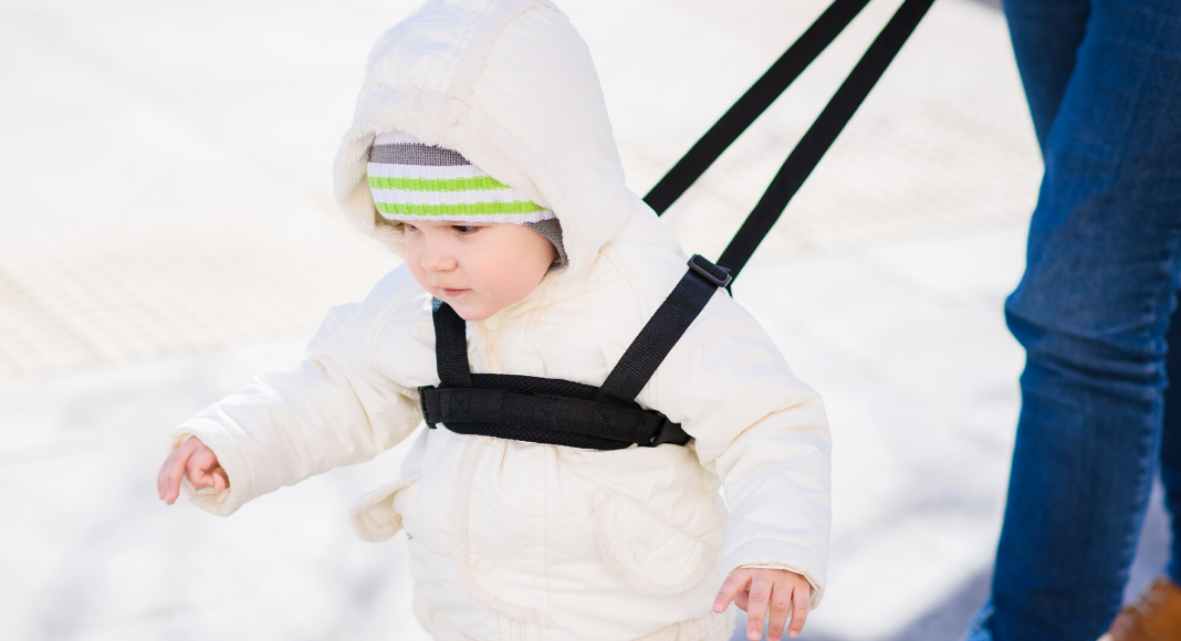 a toddler leash helped keep my child safe