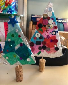 Imaginative play ideas for preschoolers - tin foil and cork christmas trees