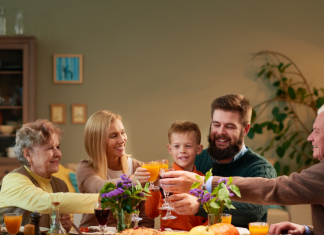 Thanksgiving dinner - spend less time in the kitchen on Thanksgiving Day